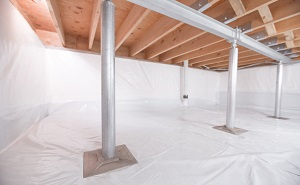 Crawl space structural support jacks installed in Minotola